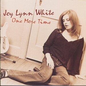 Joy Lynn White 歌手頭像