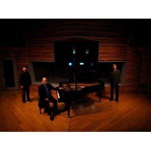 和泉宏隆ピアノトリオThe Water Colors (Hirotaka Izumi Piano Trio The Water Colors) 歌手頭像