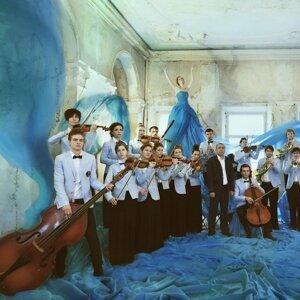 Yanis Orchestra, Michael Yanis 歌手頭像