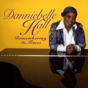 Dannibelle Hall 歌手頭像