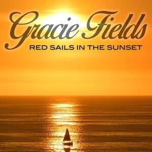 Gracie Fields 歌手頭像