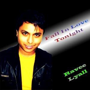 Ravee Lyall 歌手頭像