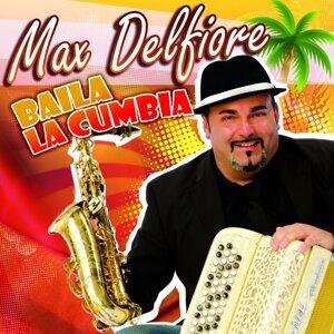 Max Delfiore 歌手頭像