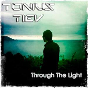 Tonius Tiev 歌手頭像
