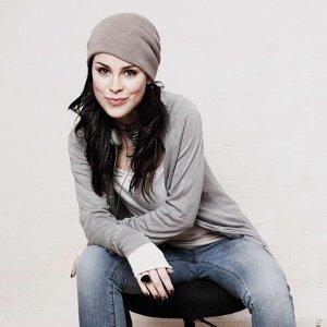 Lena 歌手頭像
