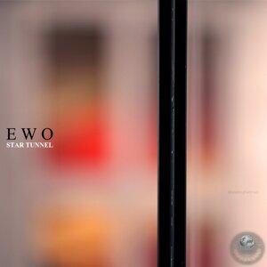 E W O 歌手頭像