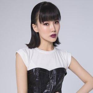 黃齡 (Isabelle Huang)