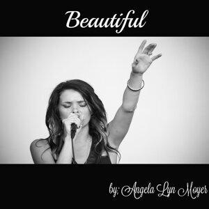 Angela Lyn Moyer 歌手頭像