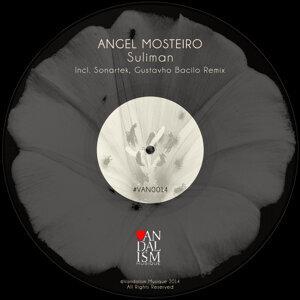 Angel Mosteiro 歌手頭像