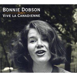 Bonnie Dobson 歌手頭像