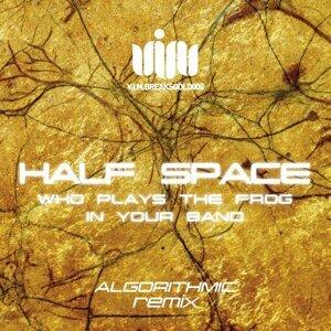 Half Space 歌手頭像