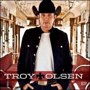 Troy Olsen 歌手頭像