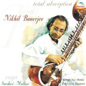 Pandit Nikhil Benerjee 歌手頭像