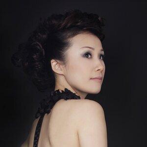 Miya Kao (米若安) アーティスト写真