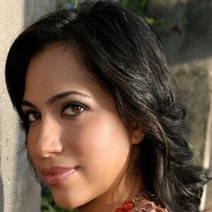 Michelle Manzo 歌手頭像