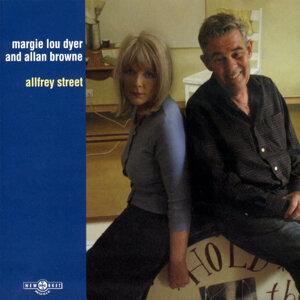 Margie Lou Dyer, Allan Browne 歌手頭像