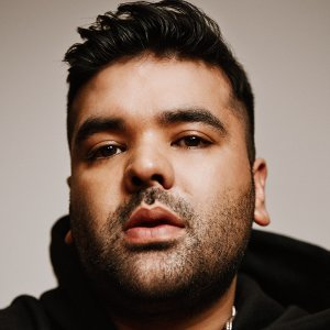 Naughty Boy Artist photo