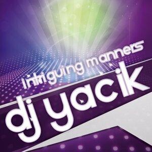 DJ Yacik 歌手頭像