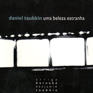 Daniel Taubkin 歌手頭像