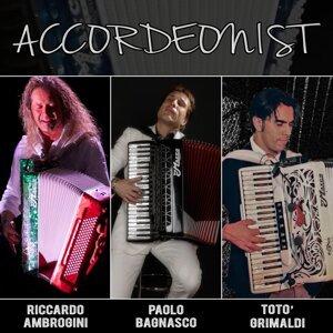 Riccardo Ambrogini, Paolo Bagnasco, Totò Grimaldi 歌手頭像