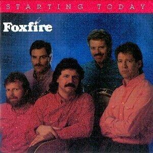 Foxfire 歌手頭像