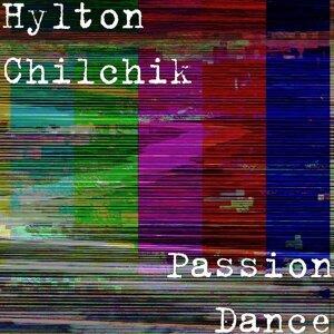 Hylton Chilchik 歌手頭像