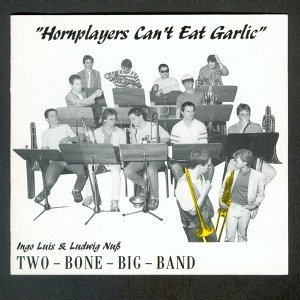 Two Bone Big Band 歌手頭像