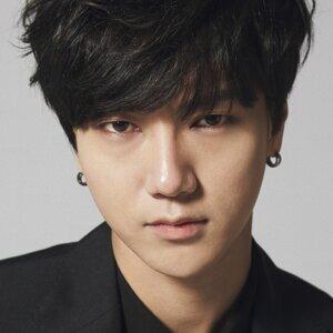 藝聲 (YeSung) 歌手頭像