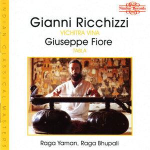 Gianni Ricchizzi, Giuseppe Fiore, Anna Maria Mucilli 歌手頭像