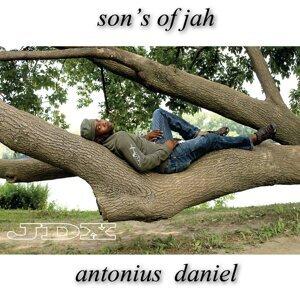 Antonius Daniel 歌手頭像
