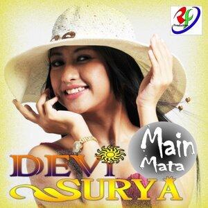 Devi Surya 歌手頭像