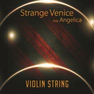 Strange Venice 歌手頭像