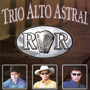 Trio Alto Astral 歌手頭像