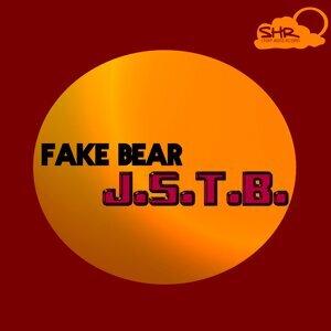 Fake Bear 歌手頭像