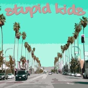 Stupid Kids 歌手頭像