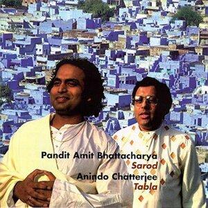 Pandit Amit Bhattacharya, Anindo Chatterjee 歌手頭像