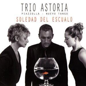 Trio Astoria, Félicien Brut, Nina Skopek, Brigitte Coissard 歌手頭像