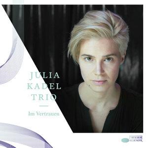 Julia Kadel Trio 歌手頭像