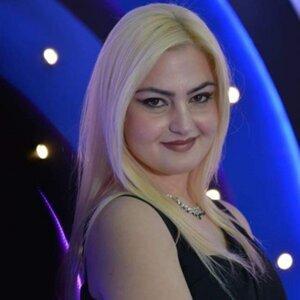 Elvira Fjerza 歌手頭像