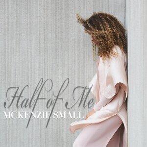 McKenzie Small 歌手頭像
