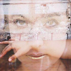 Lizzie Karr 歌手頭像