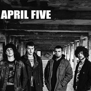 April Five 歌手頭像