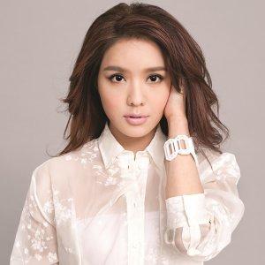 Ella Koon (官恩娜)