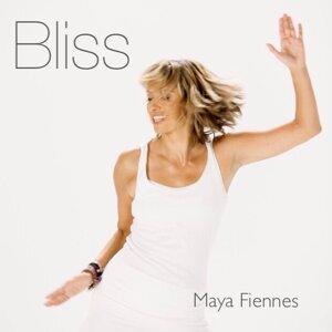 Maya Fiennes 歌手頭像