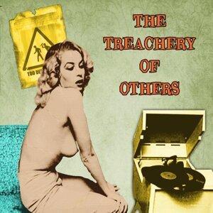 Treachery of Others 歌手頭像