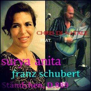 Surya Anita, Chris di Natale 歌手頭像