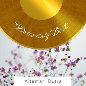 Altemar Dutra 歌手頭像