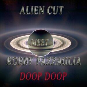 Alien Cut, Robby Pazzaglia 歌手頭像