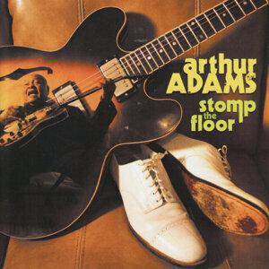 Arthur Adams 歌手頭像