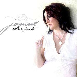Janine LaManna 歌手頭像